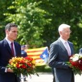 Despliegan una estelada en el homenaje de Sánchez a los caídos por la independencia letones