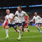 Kane celebra la clasificación de Inglaterra a la final de la Eurocopa