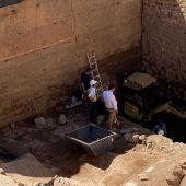 EL Baluarte de los Pozos en la muralla de Cáceres al descubierto