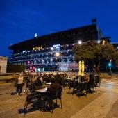 Un bar al lado del estadio de Mestalla, en Valencia