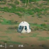 Aterrizaje de la nave de Jeff Bezos tras alcanzar el espacio