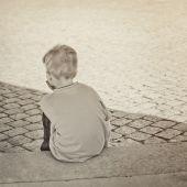 El terrible experimento alemán que entregó a niños sin recursos a pedófilos con el apoyo del Estado