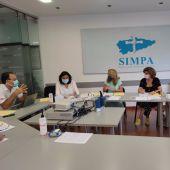 Reunión de Teresa Mallada, presidenta del PP Asturias, con representantes del SIMPA