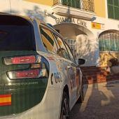 Los agentes de la Guardia Civil que acudieron al rescate pertenecen a Es Mercadal.