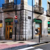 Una oficina de Caja Rural en Oviedo