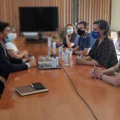 Reunión entre el ayuntamiento y el sector hostelero y del ocio
