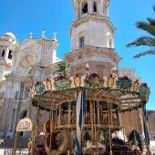 Un tío vivo que hay en el centro de Cádiz