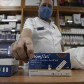 El Consejo de Farmacéuticos pone a disposición de las farmacias guías sobre los test de autodiagnóstico