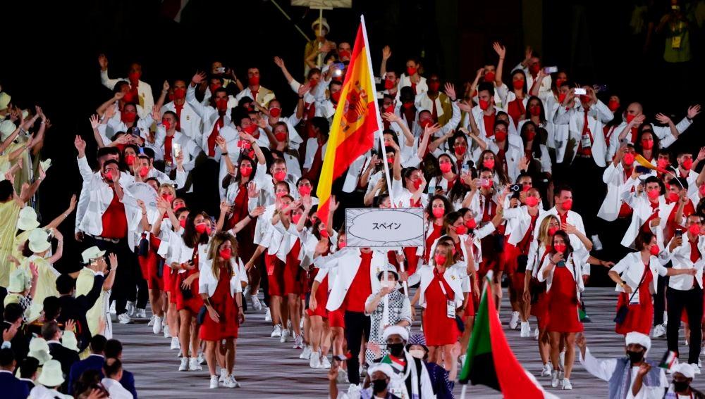 El desfile del equipo olímpico español en la ceremonia de inauguración de Tokio 2020