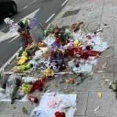 Aparece destrozado el altar en recuerdo de Samuel Luiz en A Coruña