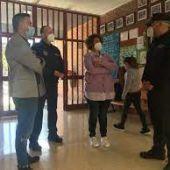 Policia tutor en un centro educativo