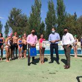 El Ayuntamiento de Palencia reconoce a Sandra Santos su actuación en el Campeonato de España alevín de natación