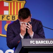 Leo Messi rompe a llorar en su despedida del Barcelona