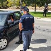 Policía patrullando en Benidorm