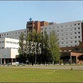 El SES abre una segunda UCI en el Hospital Universitario de Badajoz ante el incremento de ingresos por casos de coronavirus
