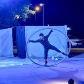 La Finestra Nou Circ llevó el espectáculo del circo al barrio de la Pradera