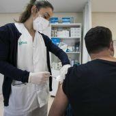 El proceso de vacunación sigue avanzando, aunque de manera desigual