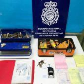 Objetos incautados por la Policía Nacional