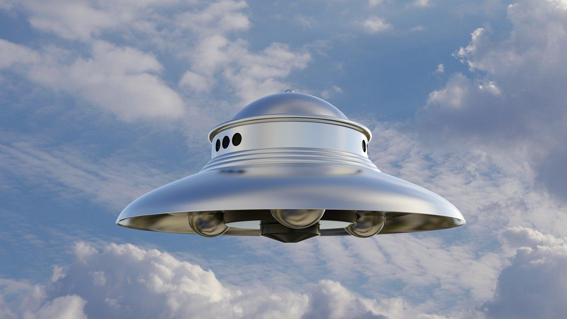 El Colegio Invisible 1x77   OVNI y pilotos: peligro a 33.000 pies