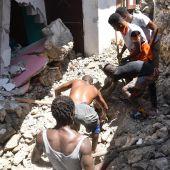 Aumenta a 304 la cifra de muertos por el fuerte terremoto que golpea Haití