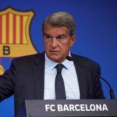 El presidente del FC Barcelona, Joan Laporta, durante la rueda de prensa donde explicó la deuda del club.
