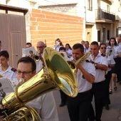 La UMQ lleva la música festiva por las calles de Quintanar
