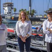 La CEO de Puerto Portals, Corinna Graf, posa junto a Agustín Zulueta y Nacho Postigo con motivo de la 52 SUPER SERIES SALING WEEK.