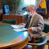 La ministra Teresa Ribera y el presidente aragonés, Javier Lambán