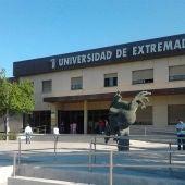La junta trabaja para que la UEX tenga un presupuesto plurianual que permita planificar su actividad con margen de futuro