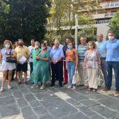 Asociaciones y entidades de comerciantes de Palma se reúnen en Plaza España para pedir el cese del regidor Dalmau.