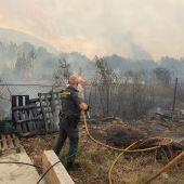 La Guardia Civil colabora en las labores de extinción