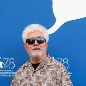 El director Pedro Almodóvar, en el photocall de 'Madres paralelas' durante la Mostra de Venecia 2021