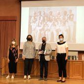 """La Diputación entrega su VI Premio Provincial de Folclore """"José Mª Silva"""" a la Coordinadora de Danzantes de Palencia"""