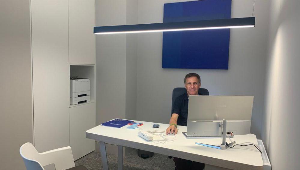 Luis Casaña, gerente de clínica Baviera.