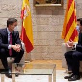 Sánchez y Aragonès antes de la mesa de diálogo