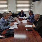 El Ayuntamiento de Orihuela firma un convenio con la Asociación de Empresarios del Polígono 'Puente Alto'