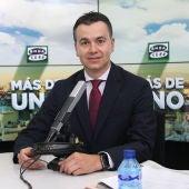 Héctor Gómez, portavoz del grupo parlamentario socialista, en 'Más de uno' con Carlos Alsina