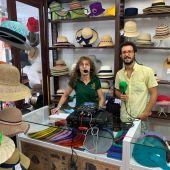 Charo Iglesias, modista del sombrero