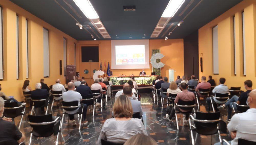 Asistentes a la jornada sobre captación de fondos europeos para digitalización de los ayuntamientos
