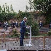 Las instituciones vascas rinden homenaje a las más de 4.700 víctimas del covid