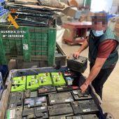 La Guardia Civil detiene a un vecino de Tiétar por numerosos robos de baterías en explotaciones agrícolas