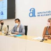 De izquierda a derecha Francesco Balbi, Eduardo Dolón y Mari Carmen Sánchez