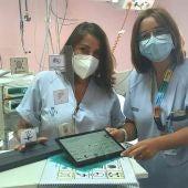 Las enfermeras Aitana Gomis y Sonia Balboa