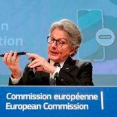 La Unión Europea propone un cargador universal para móviles y dispositivos electrónicos