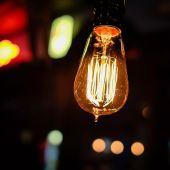 La Brújula de la Economía: ¿Podrá el Gobierno lograr su objetivo de rebajar el recibo de la luz tras el nuevo pico?