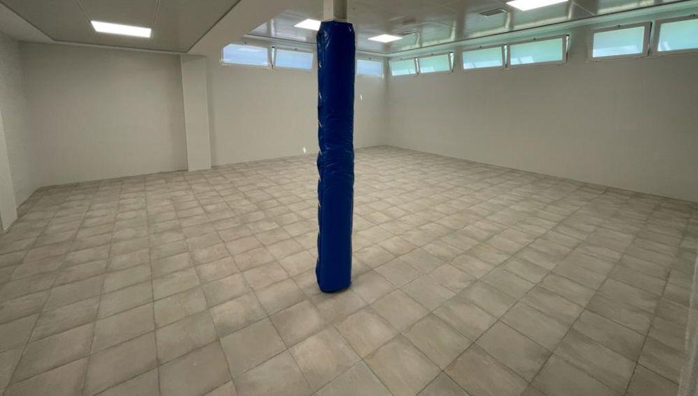 La nueva sala de musculación del pabellón de Carrús está en el edificio de 200 metros cuadrados creado en la zona este.