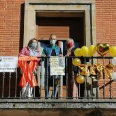 El Ayuntamiento de Aguilar se viste contra el cáncer y en apoyo a la salud mental
