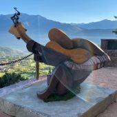Una escultura recuerda sus raíces ribagorzanas