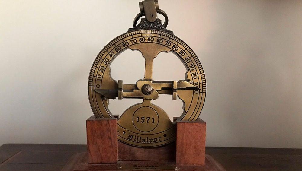 Un astrolabio
