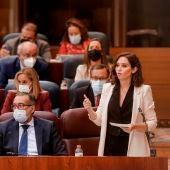 La presidenta madrileña, Isabel Díaz Ayuso durante el pleno celebrado este jueves en la Asamblea de Madrid.